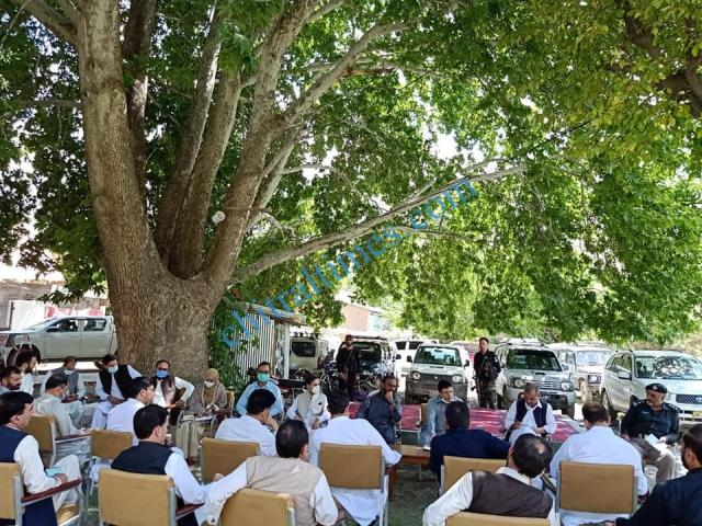 dc upper chitral shah saood meeting on broghil festival1