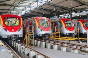OLMRTS launch orange train pics 3