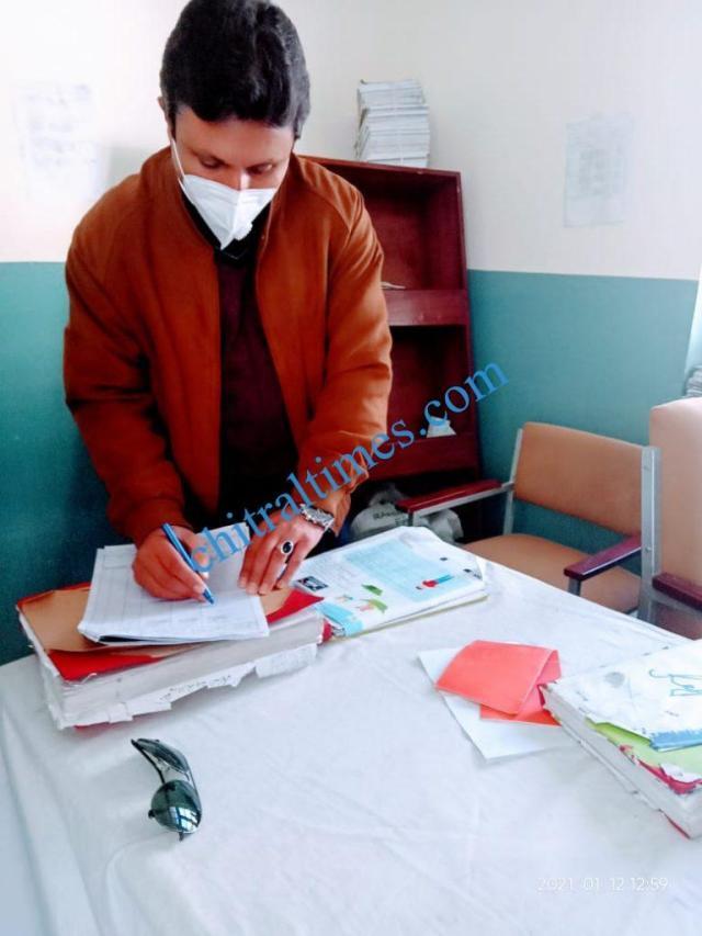 DC upper chitral shah saood visit thq hospital