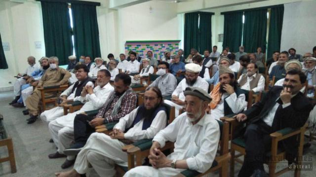chitraltimes book launching shahzada Hisamul mulk2