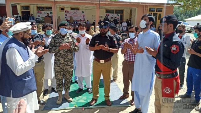 chitraltimes upper chitral police shuhada taqreeb7