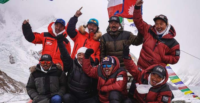 Climbers make history by scaling K2 in winter