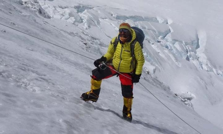 No clues to Pakistani climber, two others on K2