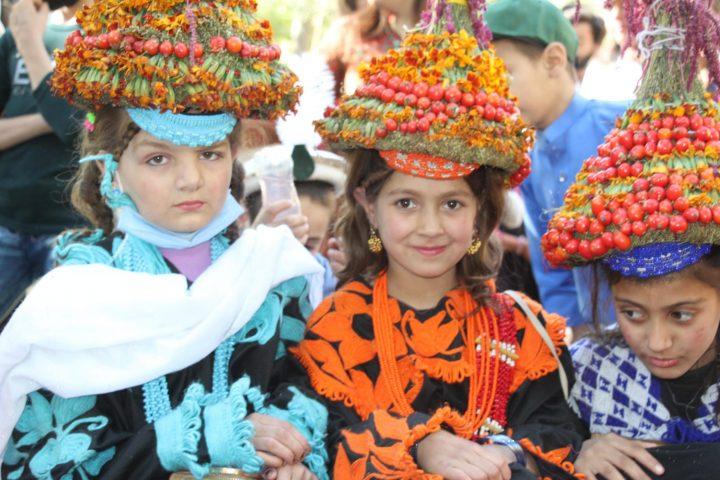 کیلاش قبیلے کا سالانہ تہوار پھولڑ