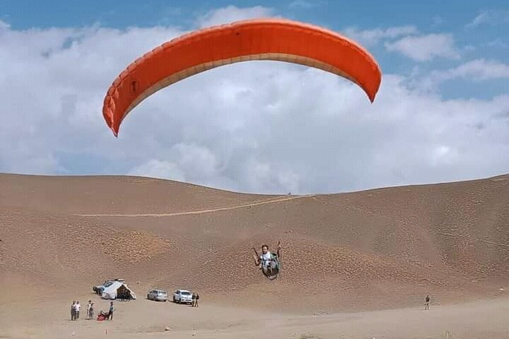 Paragliding festival begins in Zaini Pass Upper Chitral