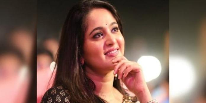 Anushka Open Comments On Casting Couch In Tollywood