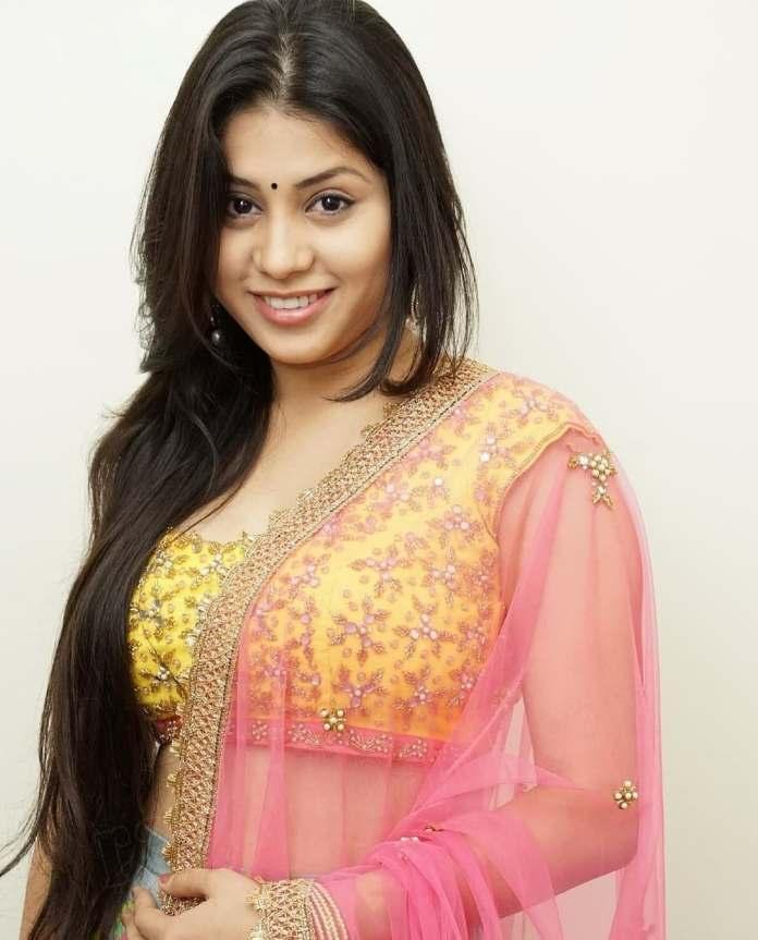 Bigg Boss Telugu 5 Contestant Hamida hot images and photos
