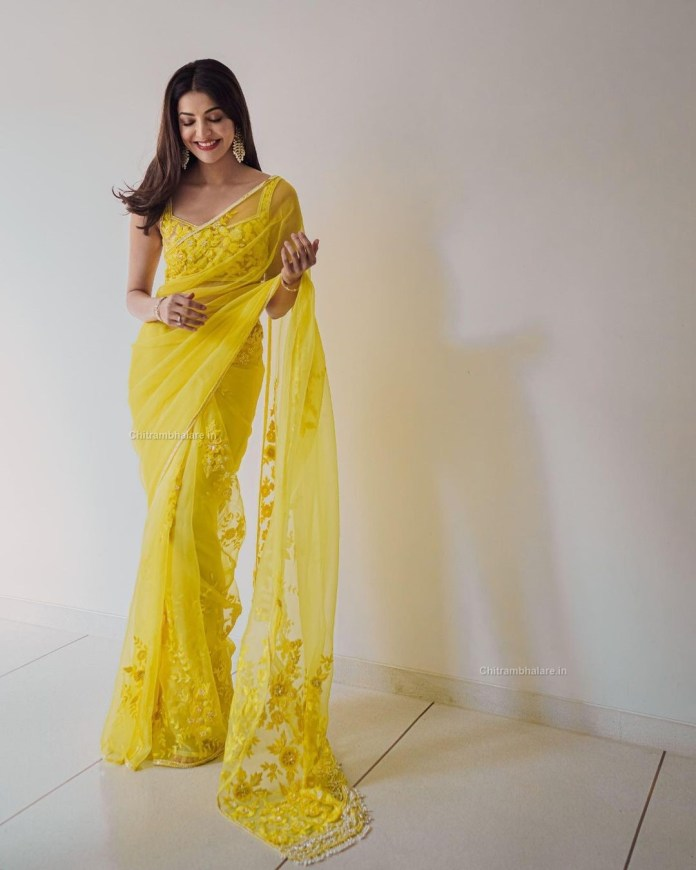 Kajal Aggarwal sexy saree stills