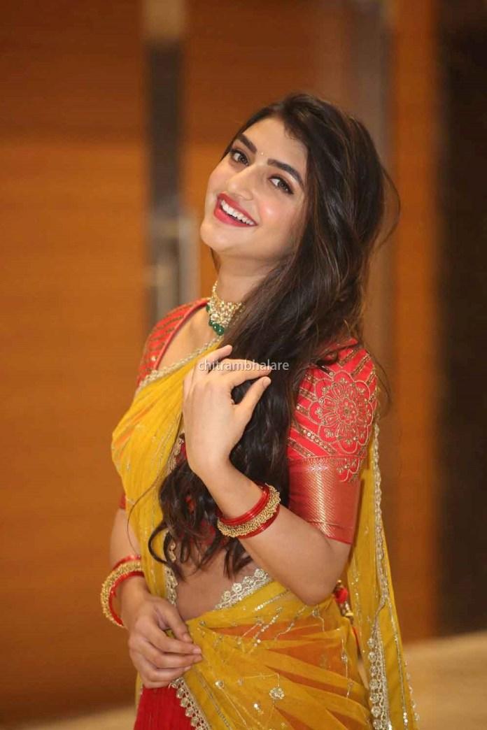 Actress Sree Leela Hot Saree Photos From Pelli SandaD Pre Release Event