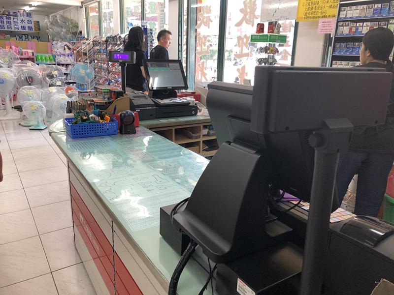立特佳五金百貨平鎮店_五金POS零售收銀機系統導入