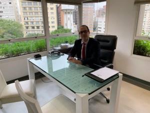 Dr Felipe Faccini atendimento na Clinica Narumi em SP