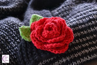 Red rose brooch +°+ Broche rose rouge