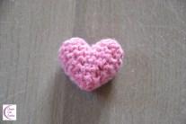 Heart pincushion +°+ Pelote à épingles cœur