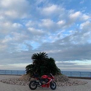 袖ヶ浦海浜公園の気持ちのいい風景with CBR650R