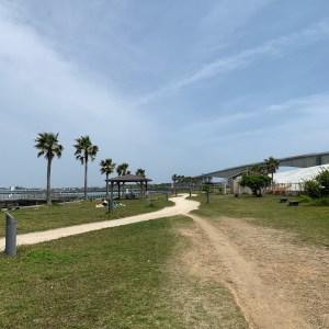 浜名湖の新居弁天海釣公園から見る浜名大橋