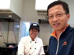 tuk-tuk_Thai laobrs_stick rice_6