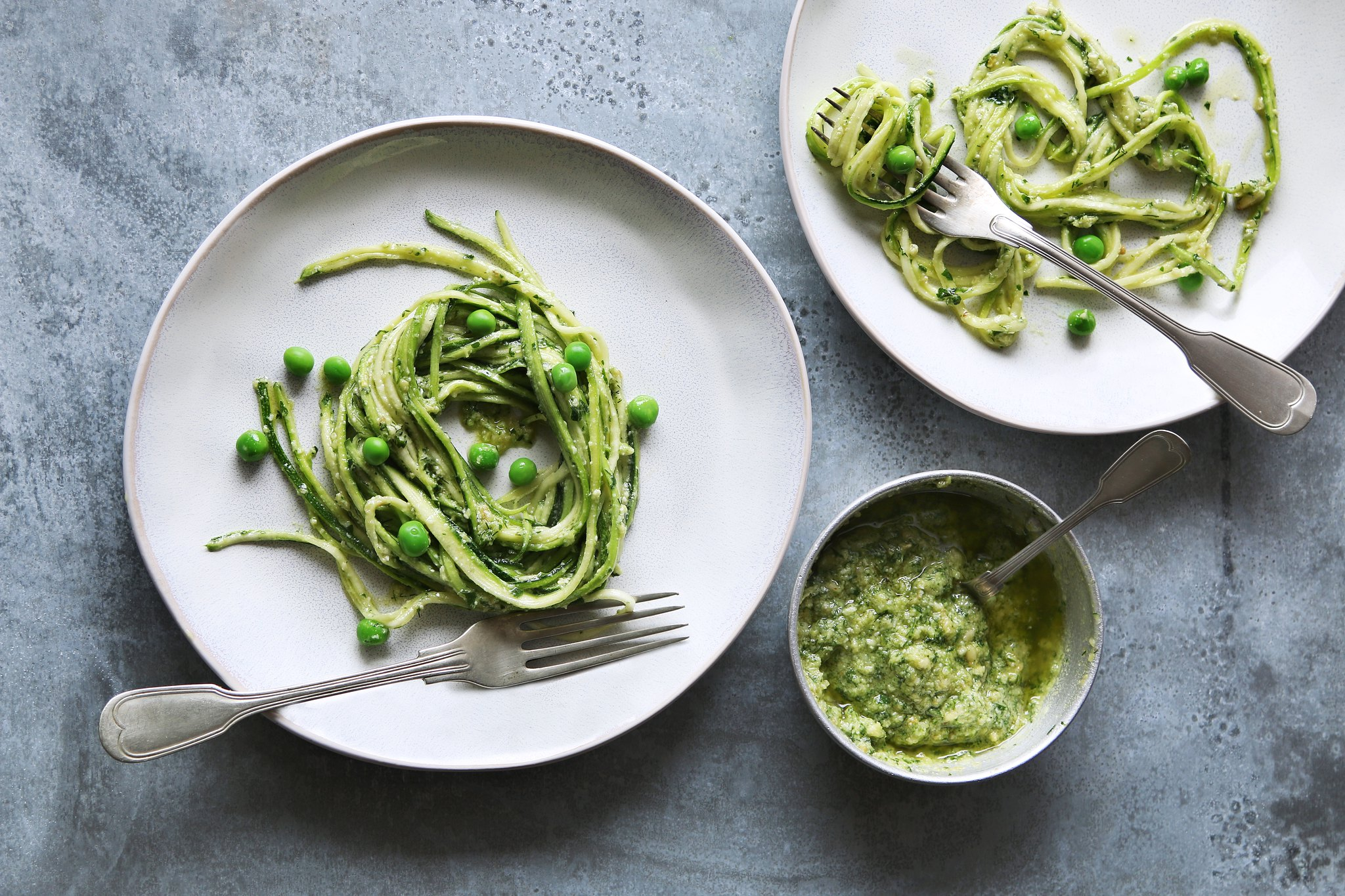 Courgette Spaghetti with Pesto & Peas