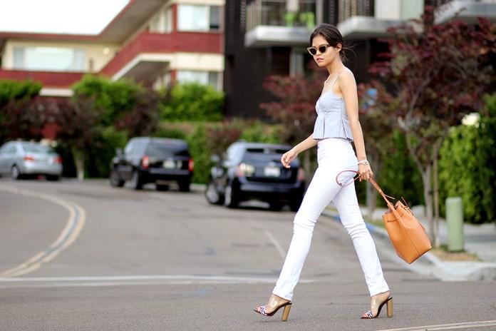 01-zara-wang-inspired-crop-top-pleated-white-high-waist-jeans-guess-mules-sandals-mansur-gavriel-bucket-summer-ootd