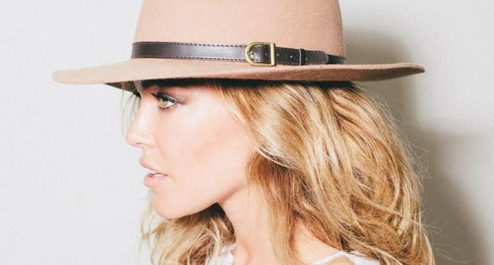 Rachel+Platten+-+Fight+Song+Single+Cover+Official