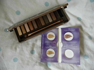 palette and primer open