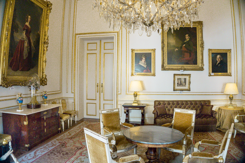 Summer in Brussels: A Photo Guide to the Royal Palace of Brussels | Coburg Room