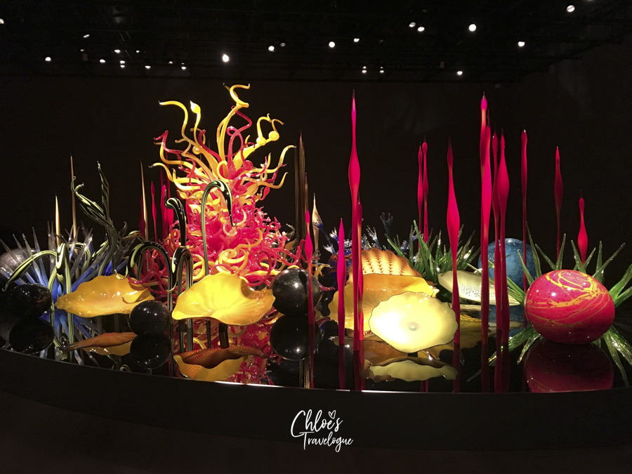What to Do in Toyama | Toyama Glass Art Museum - Glass Art Garden by Dale Chihuly | #KengoKuma #Toyama #富山 | chloestravelogue.com