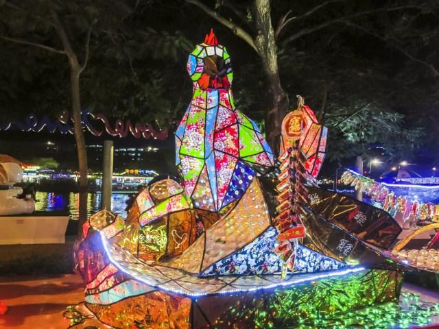 Lantern Festival in Taiwan | Kaohsiung Lantern Festival | chloestravelogue.com #Pingxi #skylanternfestival #taiwan #Kaohsiung