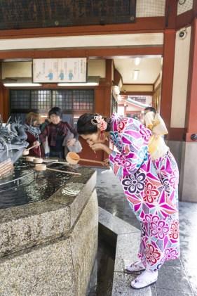 Things to Do in Asakusa   How to Purify Before Entering Sensoji Temple   #Asakusa #Tokyo #ThingstoDoinAsakusa #KaminarimonGate #Nakamise #Sensoji