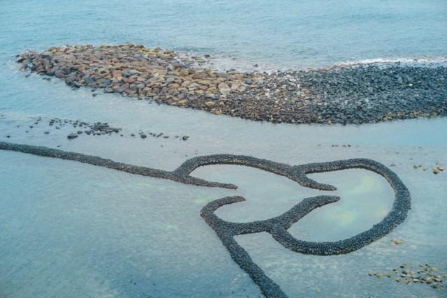 Penghu Taiwan 3 Day Itinerary | Day 3 Qimei & Wangan Boat Tour - Two Hearts Stone Weir | #Penghu #Taiwan #澎湖