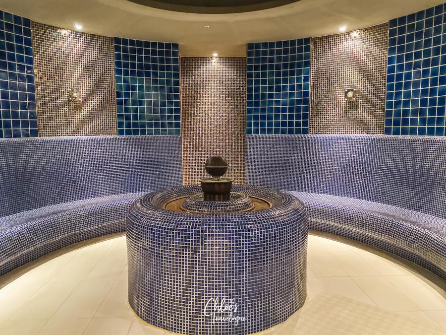 Spa Land Centum City Busan | Korea's Best Luxury Jimjilbang (Korean sauna and spa) - Roman Room |#SpaLandBusan #SpaLandCentumCity #CentumCityBusan #luxuryspa #jimjilbang #jjimjilbang #Busan #Korea #ThingsToDoinBusan #BusaninWinter #AsiaTravel #TravelKorea