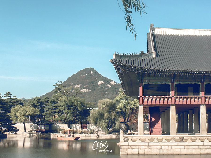 Gyeongbokgung Palace Tour: Gyeonghoeru Pavilion is the most beautiful architecture in Joseon's main palace. | #Geyonghoeru #Gyeongbokgung #VisitSeoul #TravelKorea