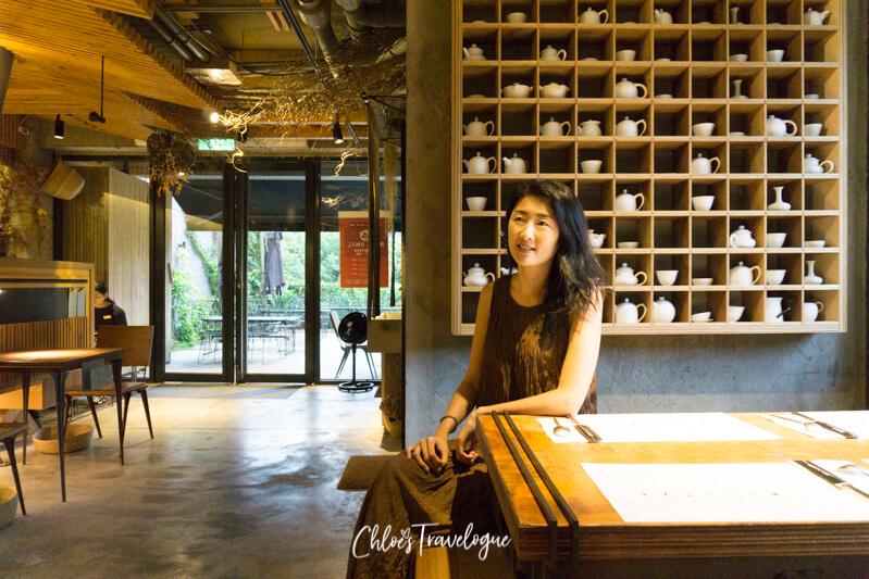 Yingge Ceramics Old Street: Eilong ceramics shop | #YinggeCeramics #TaipeiDayTrips #Taiwan #TravelAsia