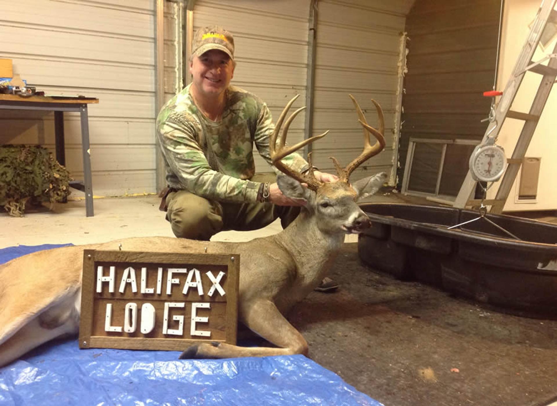 Deer hunting at Halifax lodge, NC
