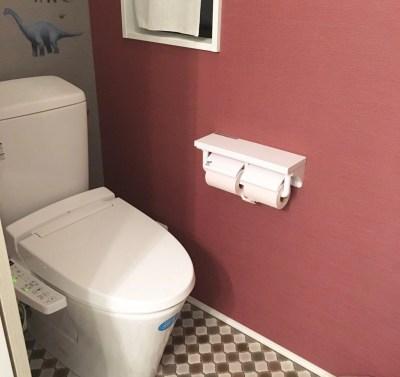 2階のトイレの壁紙とクッションフロア