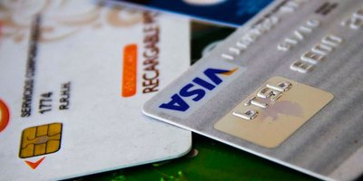 Tarjetas de crédito y débito