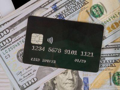 Tarjeta de crédito y dólares