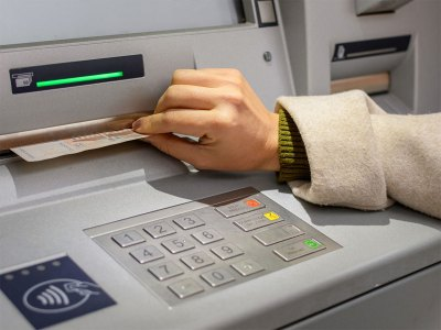 La ley de pago automático de línea de crédito o sobregiro