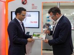 BancoEstado y Claro anunciaron una alianza que beneficiará a los clientes
