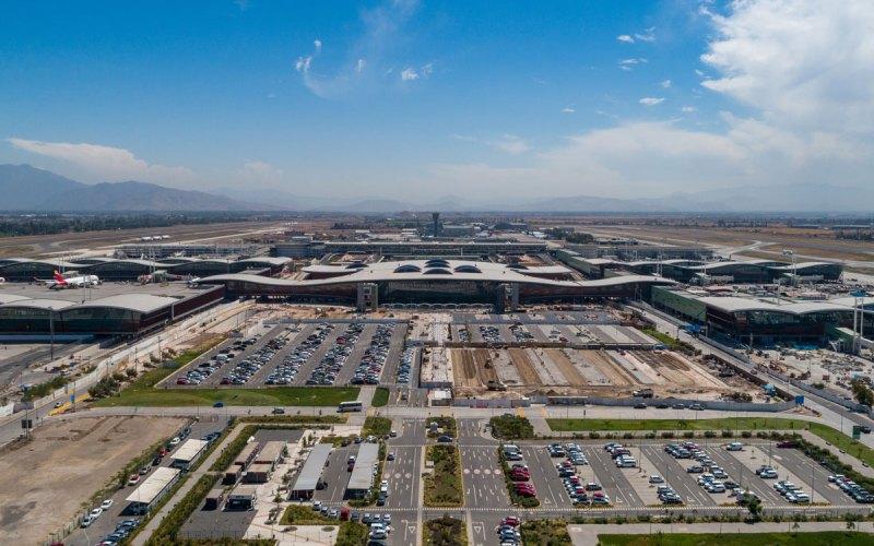 Vista aérea del nuevo terminal internacional del Aeropuerto de Santiago