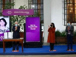 Piñera durante la promulgación del Bono Clase Media 2021