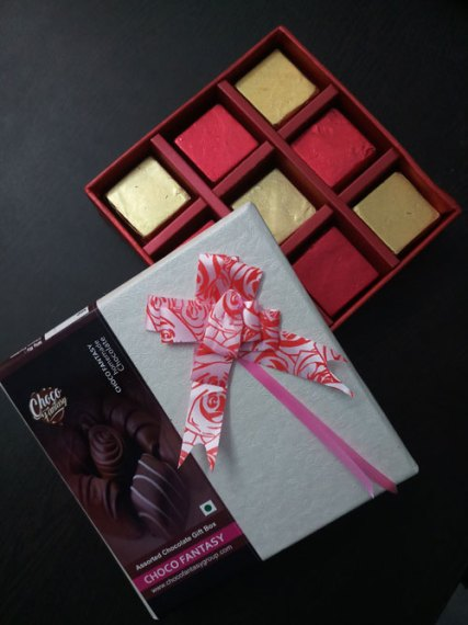 Assorted Chocolate Gift Box in Kolkata, Chocolate Gift Box Price in Kolkata