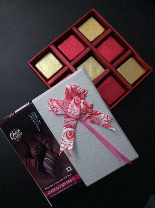 Assorted Chocolate Gift Box in Kolkata, Chocolate Gift Box Price in Kolkata