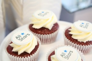 corporate event montreal, dessert, cupcakes with logo for corporate events