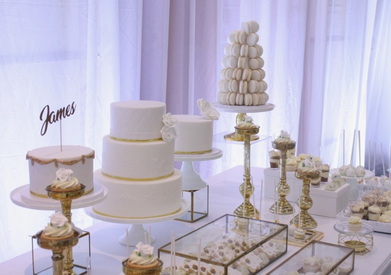 white, gold, sweet table, montreal, romantic, wedding
