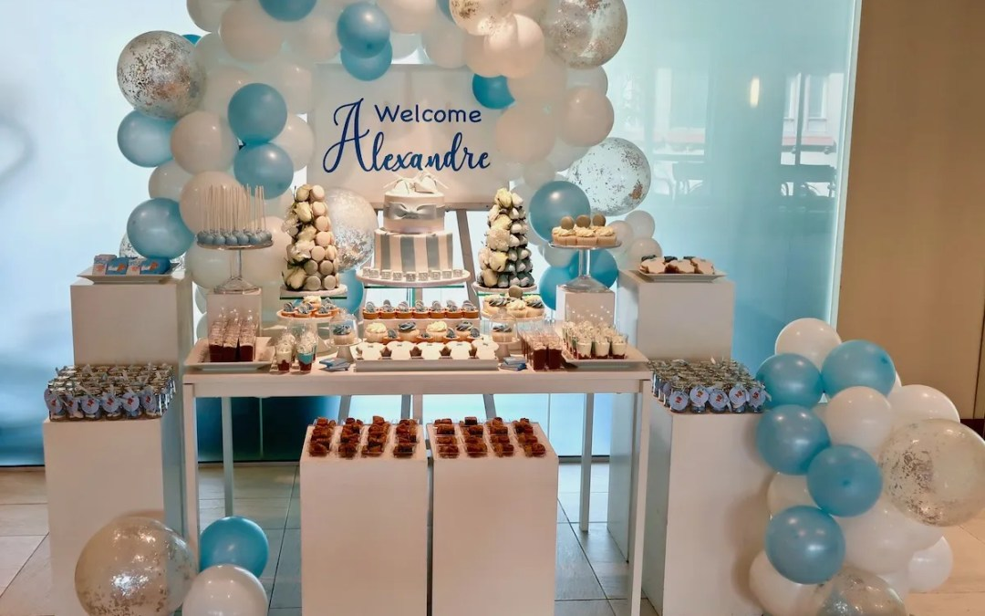 [:en]Welcoming baby party – A blue and white sweet table[:]