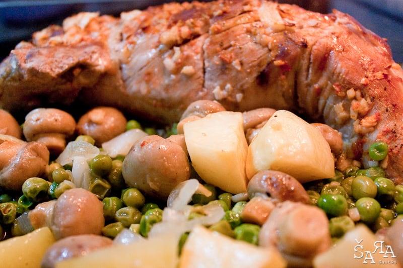 Lombo de Porco no Forno com legumes