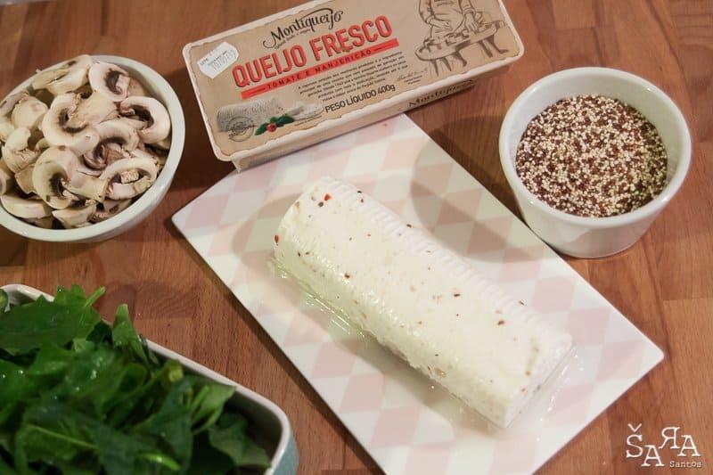 salada de quinoa com queijo fresco, espinafres e cogumelos