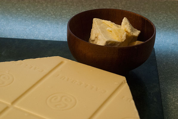 125_white-choc-cocao-buter_6157