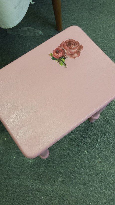 Decopage table
