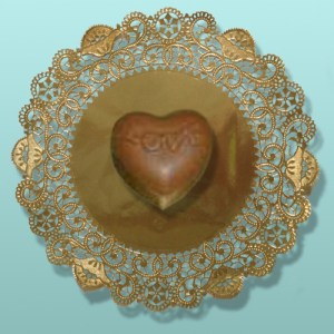 Edible Chocolate Small Love Heart Box